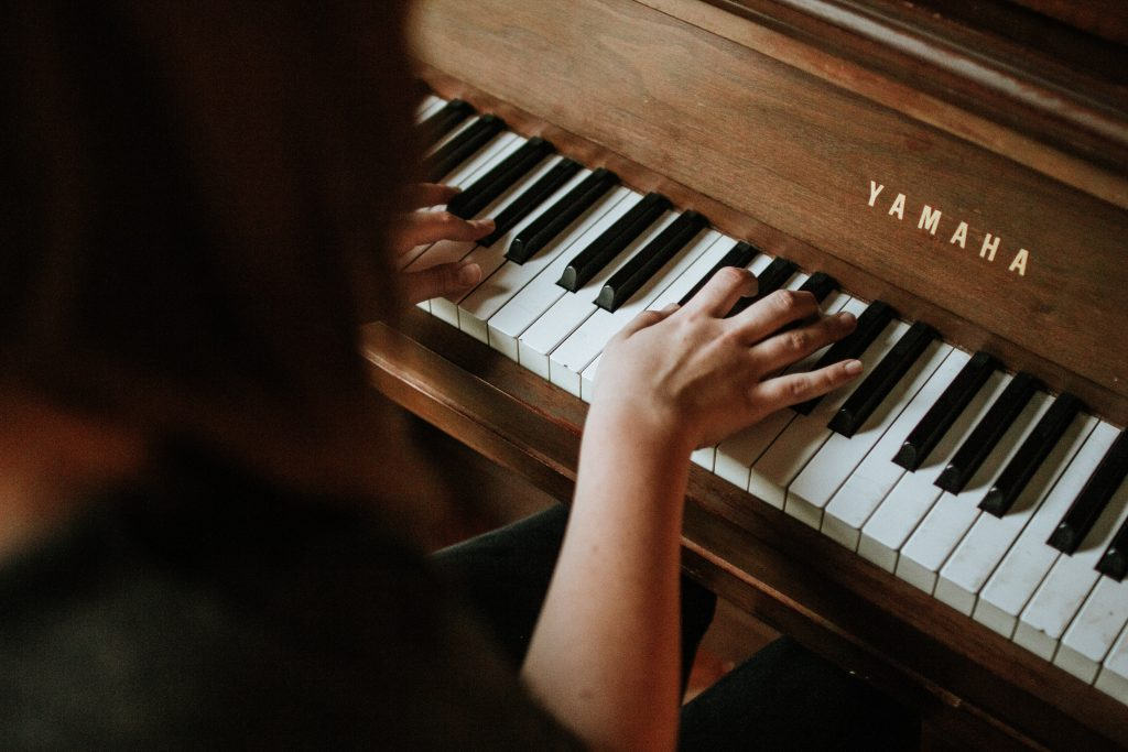 How To Master The Piano From The Comfort Of Your Home